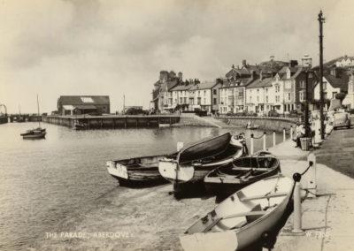 Black and white photo - The Parade, Aberdyfi
